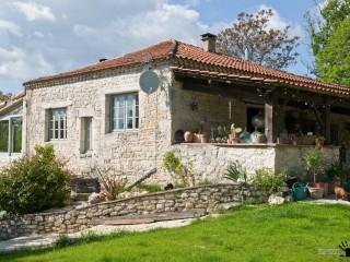 Очарование французской старины на примере интерьера винтажного загородного дома