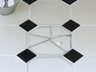 Как заменить одну треснувшую плитку без серьезных вложений?