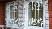 Установка решеток на окна — надежная защита жилья