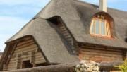 Соломенная крыша – современный дизайнерский ход
