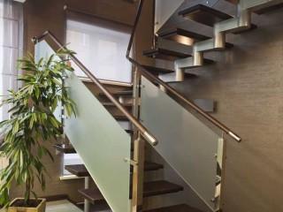 Варианты дизайна внутренних лестниц