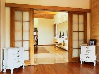 Раздвижные двери в доме: где уместно их устанавливать