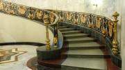 Лестницы и ступени из гранита: надёжность, стиль и основательность